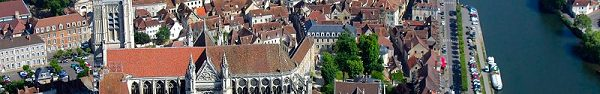 Visit Auxerre on the Yonne river, Burgundy, France onboard La Belle Epoque