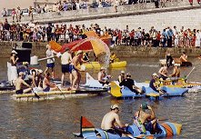 Descente Bidon, the annual raft race festival