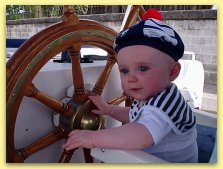 capitaine Zoe at the wheel