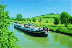 Hirondelle barge cruise in Burgundy