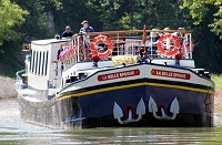 luxury barge cruise on La Belle Epoque in Burgundy, France