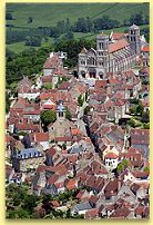 We visit the hilltop town of Vezelay